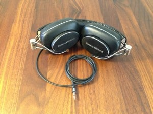 Bowers-Wilkins P7 sammenfoldet til transport